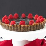 Zdrava posna (raw) torta sa malinama